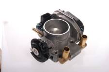 Throttle body ; AUDI A4 A6 VW Passat ; 058133063H